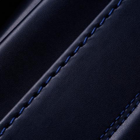 No.7 牛革ボルサベーシック 紺 ステッチの色