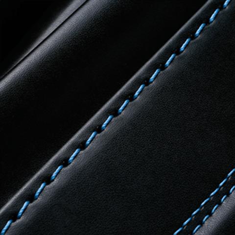 No.6 牛革ボルサパステルクラシック 黒/ブルー ステッチの色