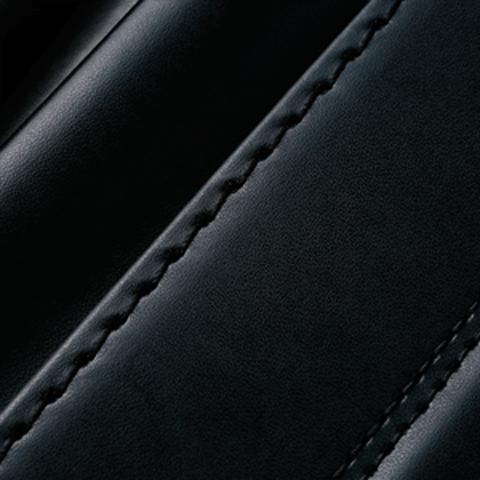No.7 牛革ボルサベーシック 黒 ステッチの色