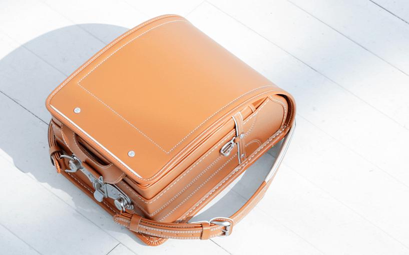 中村鞄のキャメルカラー