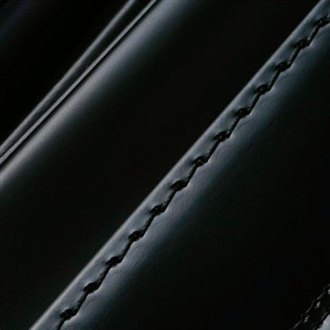 No.8 馬革コードバン 黒 ステッチの色