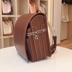 中村鞄ランドセルの新色 ボルドー🍷